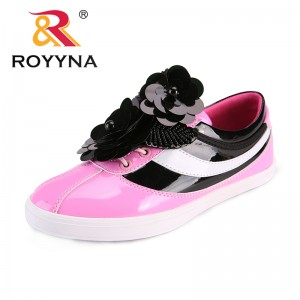 ROYYNA New Fashion Style Women Flats Outdoor Sneakers Shoes Flower Women Casual Shoes Microfiber Lady Shoes Fast Free Shipping