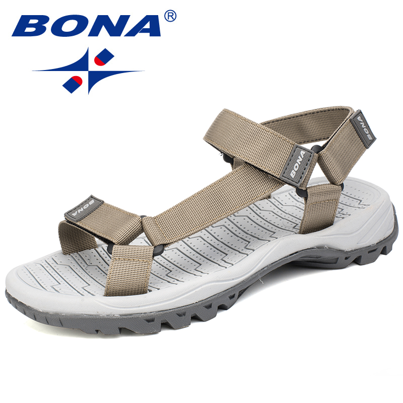 BONA New Hot Style Men Sandals Anti-Slippery Summer Shoes Men Light Weight Slippers Male Flat Heels 39.2