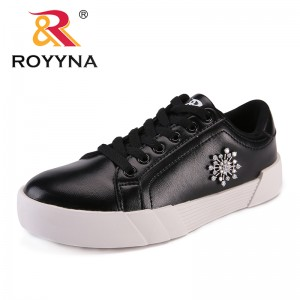 ROYYNA New Fashion Style Women Flats Lace Up Women Sneakers Shoes Microfiber Lady Casual Shoes Comfortable Light Free Shipping