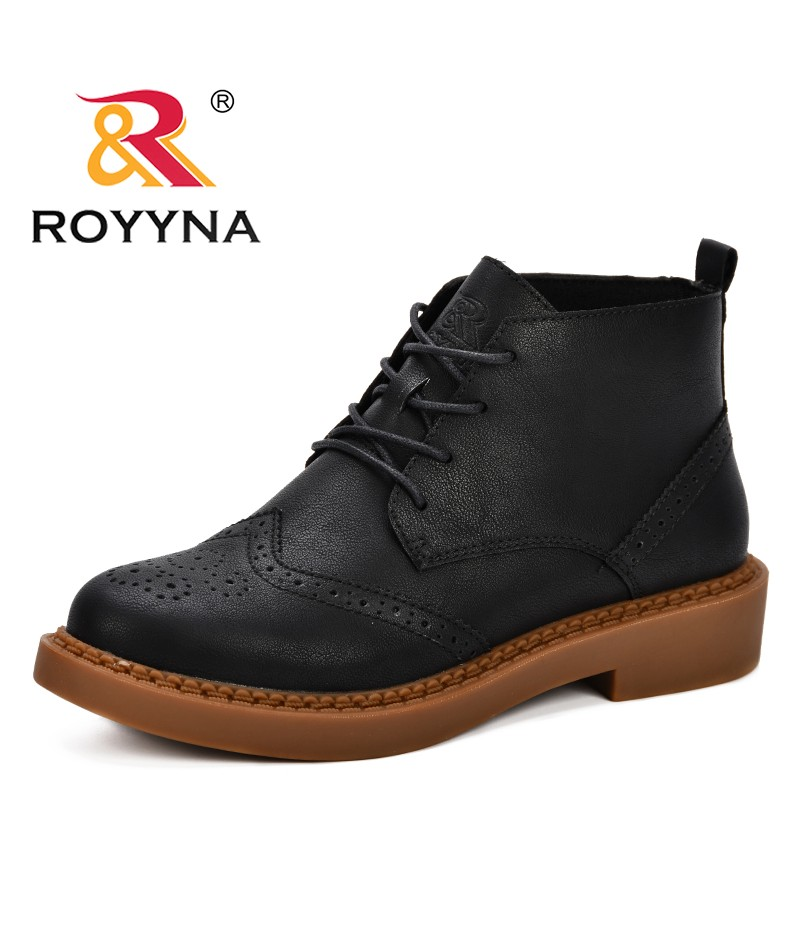 ROYYNA New Fashion Style Women Boots Round Head Thick Bottom Martin Boots Classic Boots Sapatos Mulheres 2019 Spring & Autumn