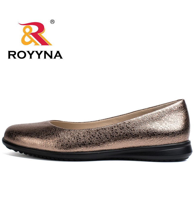 ROYYNA Hot Style Women Flats Round Toe Women Loafers Metal Color Material Female Shoes Light Soft PU Out Soles Ladies Shoes