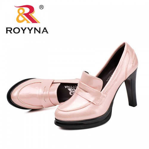 Royyna New Clics Style Women Pumps