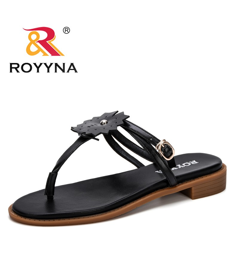 ROYYNA 2019 New Popular Sandals Microfiber Leather Low Heel Summer Fashion Women Shoes Platform Buckle All Match Women Sandals