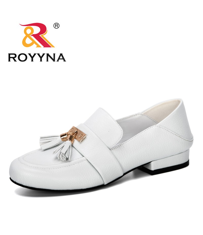 ROYYNA 2019 New Designer Popular Women's Basic Pumps Square Heel Round Toe Slip-On Casual Shoes Ladies Leisure Comfortable Pumps