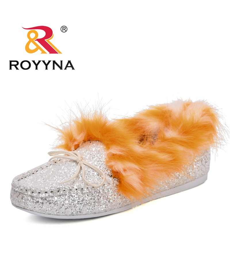 ROYYNA Mules Shoes Woman Loafers Slip On Flats Plush Fashion Casual Female Shoes Woman 2018 Winter Autumn Mujer Black Red Grey