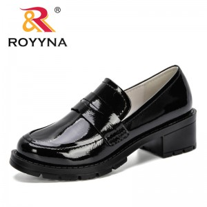 ROYYNA 2019 New Popular Style Square Heels Shoes Women Microfiber Ladies Classics Round Toe Wedding Dress Shoes Mujer Women Pump
