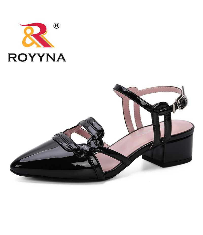 ROYYNA 2019 New Popular Ankle Strap Heels Women Sandals Summer Shoes Feminimo Pointed Toe High Heels Party Dress Sandals Trendy