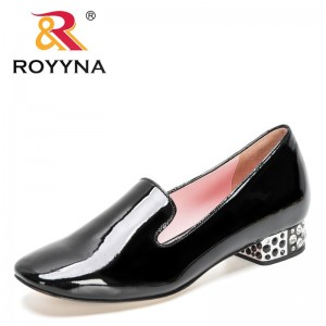 ROYYNA 2021 New Designers Genuine Patern Leather Luxury Brand Shoes Women Fashion Round Office Shoes Ladies Soft Zapatos Mujer