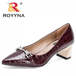 ROYYNA 2021 New Designers Patent Leather Square Heels Metal Cross Strap Pumps Women Office Dress Shoes Ladies Wedding Shoes