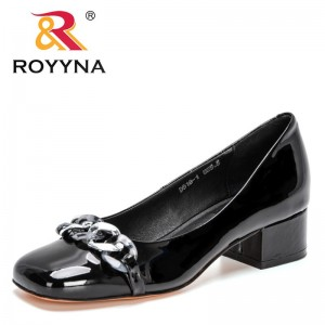 ROYYNA 2021 New Designers British Style Thick-soled Casual Loafers Women Genuine Leather Shoes Girls Metal Chain Office Shoes