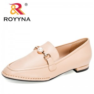 ROYYNA 2021 New Designers Classics Slip On Flat Shoes Women Genuine Leather Shoes Woman Metal Buckle Low Heels Dress Shoes Lady