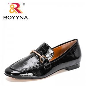 ROYYNA 2021 New Designers Metal Buckle Loafers Solid Leather Women's Low Heels Footwear Female Round Toe Pumps Dress Footwear