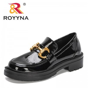 ROYYNA 2021 New Designers Chucky Platform Loafers for Women Middle Block Heel Luxury Brand Pumps Ladies Metal Office Dress Shoes