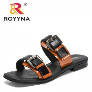 ROYYNA 2021 New Designers Slippers Women Sandals Luxury Brand Summer Shoe Ladies Outside Fashion Woman Style Metal Buckle Sandal