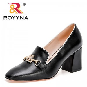 ROYYNA 2021 New Designers Metal Decration Genuine Leather Shoes Women Slip-on Shoes Ladies Office Casual Daily Pumps Feminimo