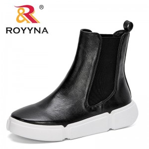 ROYYNA 2021 New Designers Popular Autumn Fashion Women's Casual Shoes Winter Warm Thick Sole Ladies Shoes Light Ankle Boots