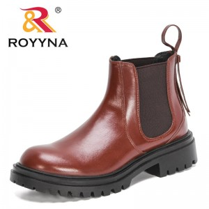 ROYYNA 2021 New Designers Classics Retro Boots Women Comfortable Shoes Flat Ankle Boots Ladies Booties National Soft Botas mujer