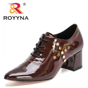 ROYYNA 2021 New Designers Chunky Pumps Women Nightclubs Large Size Pointy Toes High Heeled Shoes Ladies Brand Shoes Feminimo
