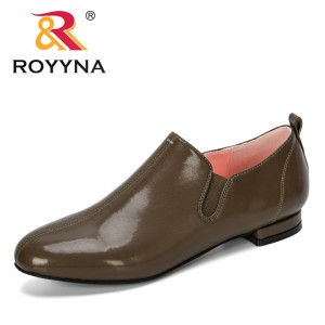 ROYYNA 2019 New Designer Popular Round Toe Women Pumps Shoes For Woman Slip On Loafers Leather Feminino Zapatos De Mujer Trendy