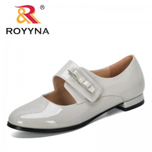 ROYYNA 2019 New Designers Shiny Patent Leather Low Heels Single Shoes Woman Round Toe Pumps Ladies Mary Janes Zapato Mujer