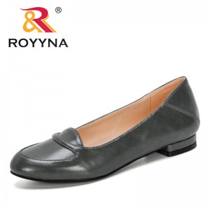 ROYYNA 2020 New Designers Popular Style Flats Slip on Casual Shoes Women Outdoor Loafers Boat Shoes Ladies Leisure Footwear