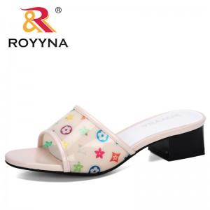 ROYYNA 2020 New Designers Popular Slippers Woman Outdoor Sandals Ladies Slip-on Beach Sandals Women Sandalias Slippers Trendy