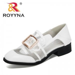ROYYNA 2020 New Designers Metal Buckle Square Block Heel Round Toe Casual Office Party Pumps Women Transparent Plastic Footwear